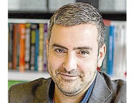 Entrevista ao presidente, Xosé Luis Reza